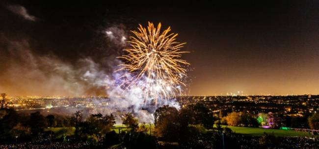 Image cred: http://www.alexandrapalace.com/whats-on/fireworks-festival-2014/
