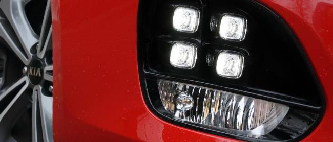 Distinctive 'ice-cube' lights lift the front end.