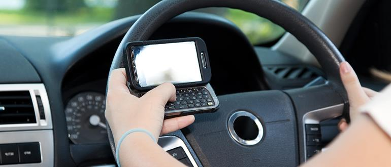 More than 40% of drivers think they can text while driving.