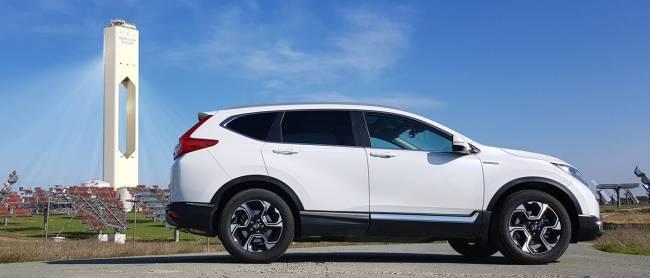 b2ap3_thumbnail_Honda-CR-V-Hybrid-2019-02.jpg
