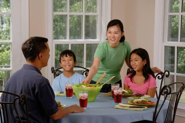 Parents demand more food options in restaurants   Image: Pixabay