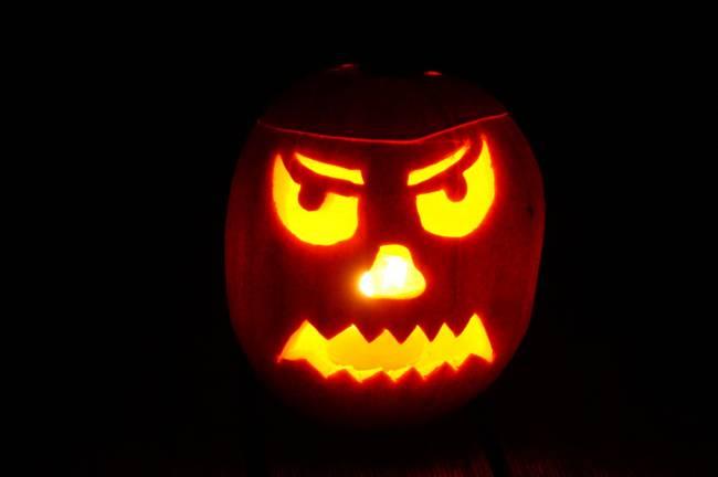 Halloween costume warning to parents   Image: Pixabay