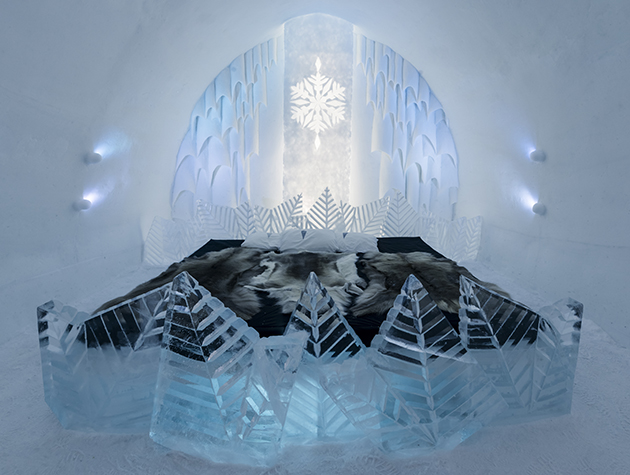 The Icehotel's Frozty Flower suite by Shingo & Natsuki Saito. Electric blankets frowned upon | Image: Christopher Hauser