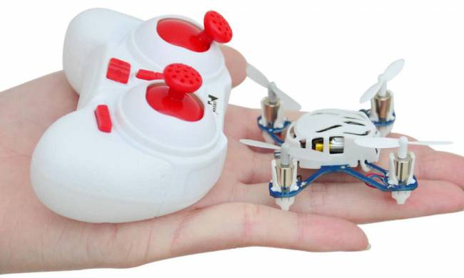 This tiny quadcopter is capable of impressively precise flight