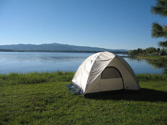 Family camping. Image: Flickr.
