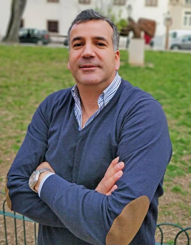 Juicing expert and founder of INIU, João Gouveia.