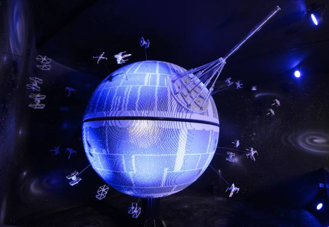 LEGO AND the Death Star? Yes please