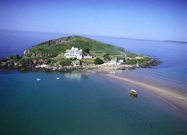 Burgh Island | Image: Visit South Devon.