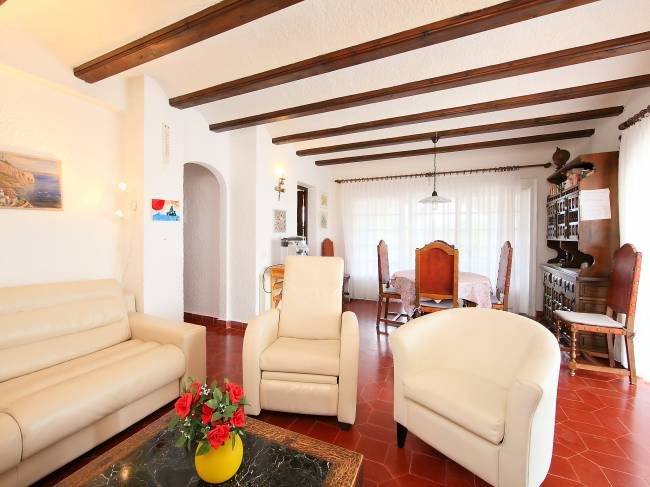 A private villa is a great option for families.
