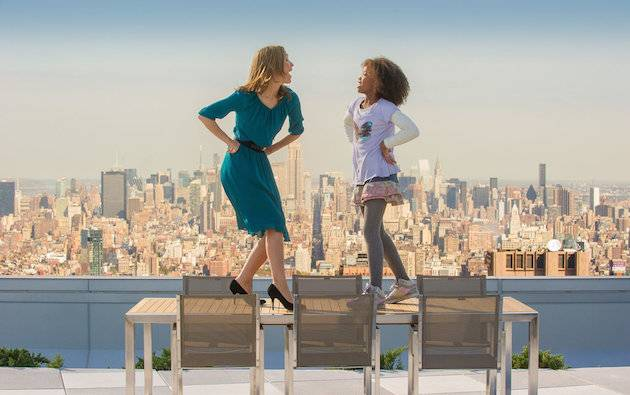 Wearing vertiginous heels on a table 45 stories up might not be a great idea I Image: Columbia Pictures