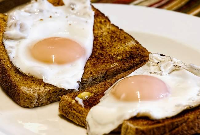 b2ap3_thumbnail_fried-eggs-456351_1920.jpg